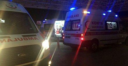 Konyada yolcu otobüsü devrildi