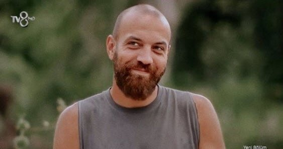 Survivor Sercan Yıldırımın kardeşi Tezcan Yıldırımı görenler gözlerine inanamadı! İşte Sercan Yıldırımın futbolcu kardeşi