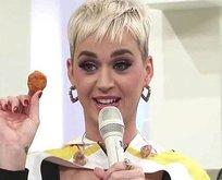 Katy Perry tavuk yerken boğuluyordu!