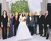 Işın Karaca evlendi