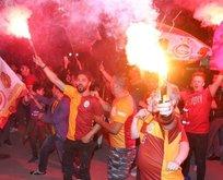 Galatasaray'ın şampiyonluğu milyonları sokaklara döktü