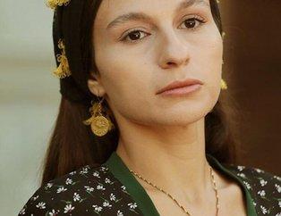 Bir Zamanlar Çukurova'nın Saniye'si Selin Yeninci'nin yıllar içindeki değişimi! 32 yaşındaki Selin Yeninci'nin son haline bakın