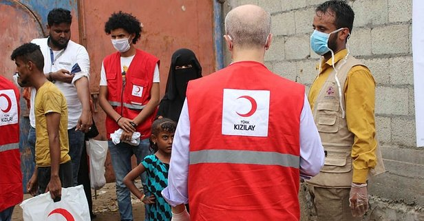 Türk Kızılay Yemen'e gitti