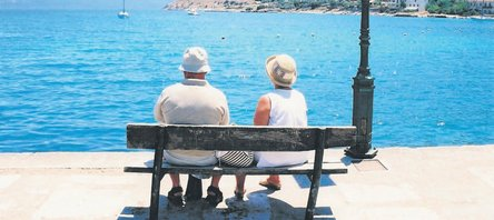 Emekliye 70 liraya tatil