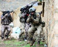 Komandolar Afrin'de hazır