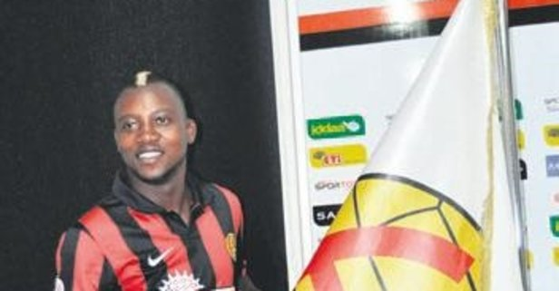 İbrahim Sissoko yine Es-Es'te forma giyecek