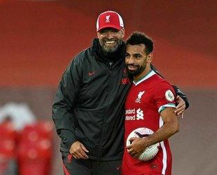 Muhammed Salah hat-trick yaptı, Liverpool yeni sezona galibiyetle başladı!