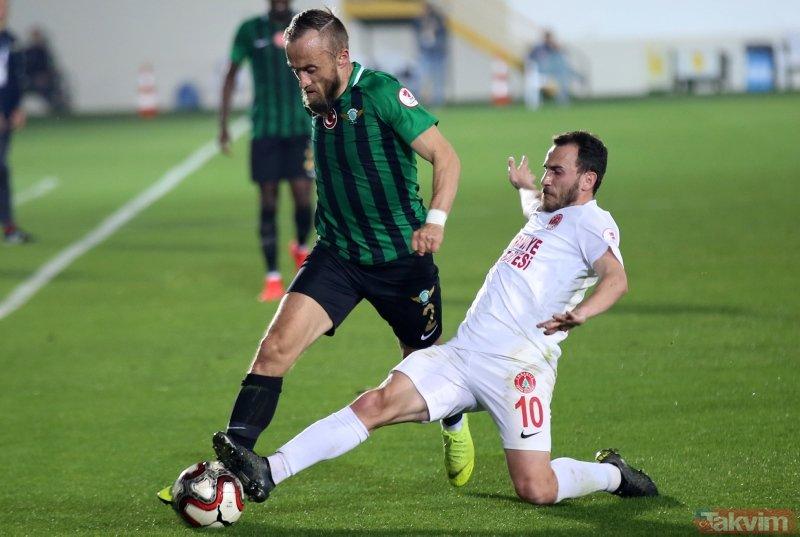 Ziraat Türkiye Kupası'nda finale yükselen ilk takım Akhisarspor