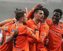 Başakşehir 3 puanı 3 golle aldı!