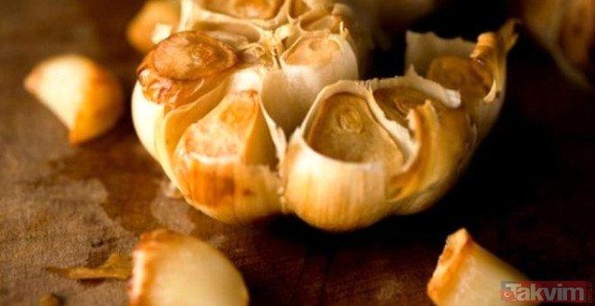 Pişmiş sarımsağın inanılmaz faydaları neler? Izgarada pişmiş sarımsak yediğinizde 24 saat içinde olacaklar