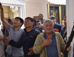 Eski Kırgızistan Cumhurbaşkanı Atambayev´in evine operasyonda 1 polis öldü, 36 kişi yaralandı