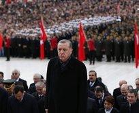Anıtkabirde Atatürkü anma töreni
