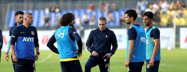 Son dakika transfer haberleri... Fenerbahçe transferde havlu attı! UEFA...