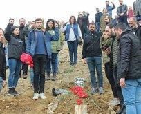 CHP'li yöneticiler terörist cenazesinde!