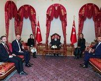 Başkan Erdoğan ünlü sanatçıları kabul etti
