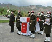 Şehit asker için Hakkari'de tören