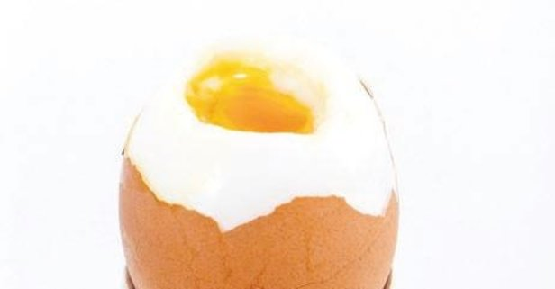 Yumurtayla ışıldasın saçlar