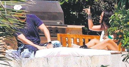 Rihanna aşkını haşladı!