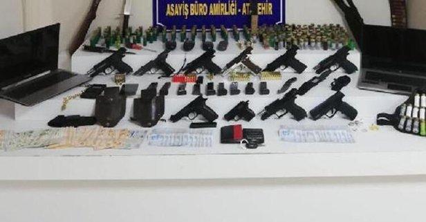 Ataşehir'de silah satışı yapılan eve operasyon