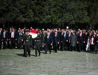 Devletin zirvesi 23 Nisan için Anıtkabir'de