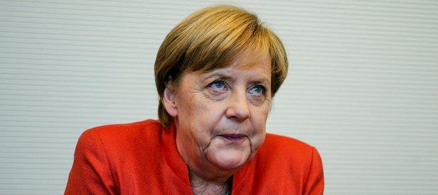 ABden Merkele tokat gibi yanıt