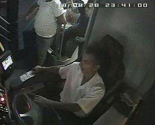Halk otobüsünde dehşet anları... Maganda kurşunuyla vuruldu