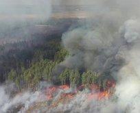 Çernobil'deki yangın söndürülemiyor!