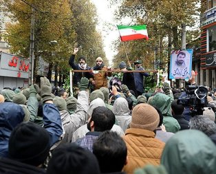 İran'da flaş karar: Yasaklandı