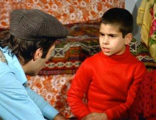 Yeşilçam'ın efsane filmi Kapıcılar Kralı'ndaki Seyyid'in oğlu İbram herkesi şaşırttı! Bir zamanların çocuk yıldızıydı