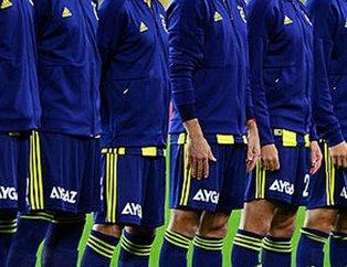 Fenerbahçeli futbolcular şoke etti (Futbolcuların ilginç tarzları görenleri şaşkına çevirdi)