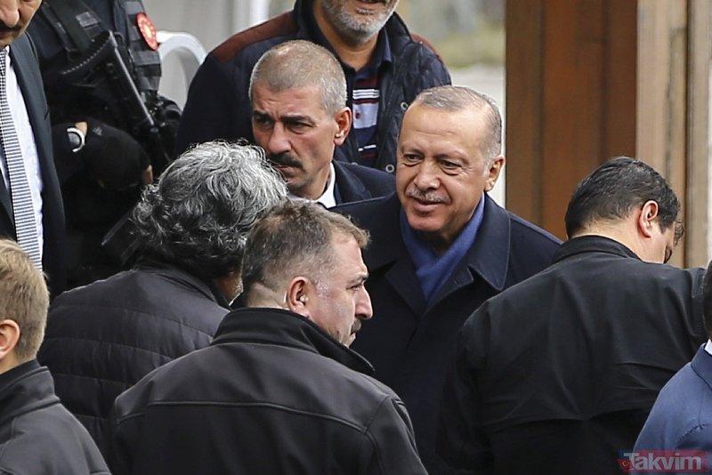 Başkan Erdoğan cuma namazını Kerem Aydınlar Camisinde kıldı