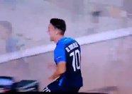 Avrupa Ligi maçında korku dolu anlar! Golünü attı, arkadaşları dondu kaldı