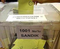 Geçersiz oylar sayılıyor