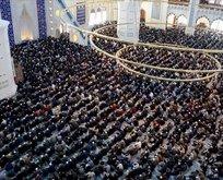23 Nisan camiler açık mı kapalı mı? 23 Nisan camilerde Cuma namazı kılınacak mı?