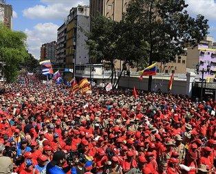 Venezuela'da muhalefete 1 Mayıs'ta sokağa çıkma çağrısı