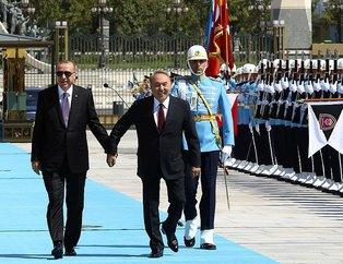 Başkan Erdoğan Kazakistan Cumhurbaşkanı Nazarbayevi resmi törenle karşıladı