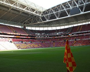 Galatasaray - Başakşehir maçı   CANLI