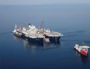 TürkAkım'ın ilk hattını dünyanın en büyük inşaat gemisi döşüyor