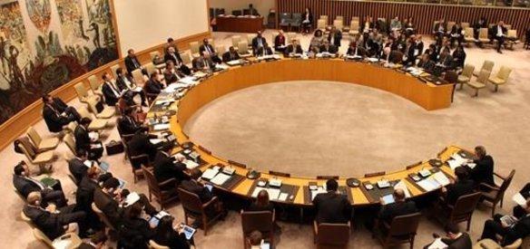 Suriye'de kimyasal silah saldırısı düzenlediği tespit edilen Esed rejimine yaptırım uygulanmasını isteyen BM Güvenlik Konseyi karar tasarısını Rusya ve Çin veto etti.