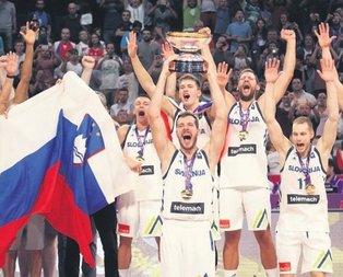 Şampiyon Slovenya