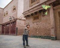 Bir garip olay! Uygur ailelerin evlerine...
