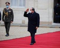 Fransa'dan darbeci Sisi'ye kırmızı halı!