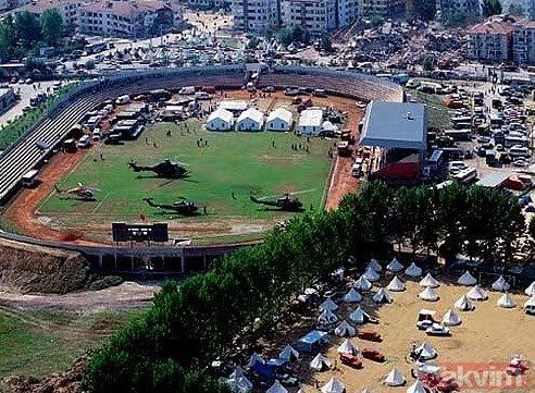 17 Ağustos 1999 Gölcük depreminin 20´nci yılı... Bu görüntüleri unutmayın...