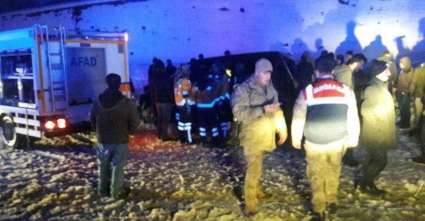 Bitlis'te feci kaza: 3 ölü, 2 yaralı