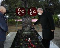 Başkan Erdoğan'dan Türkeş'in kabrine ziyaret