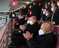 Başkan Erdoğan Letonya maçını statta izledi