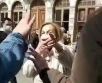Çarşaflı genç kızlara saldırı