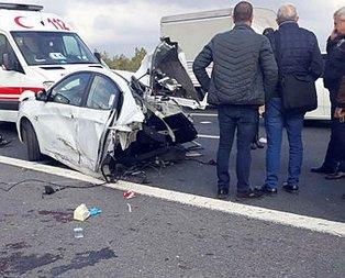 TEM'de feci kaza! Araç ikiye bölündü