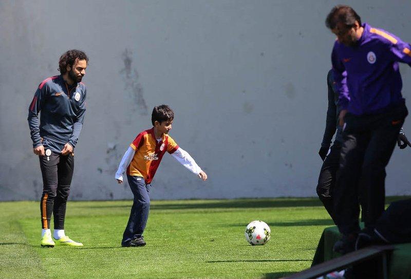 Savcı Kirazın oğlu Galatasaray antrenmanında