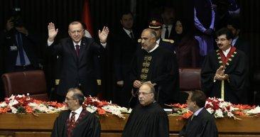 Başkan Erdoğan Pakistan tarihine geçti! İşte Pakistan Meclisine hitabında dikkat çeken anlar...